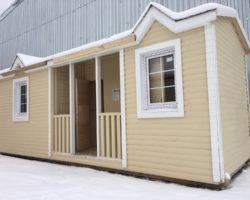 Модульный дом 7х2,3м распашонка с верандой по центру и помещениями для душа и туалета